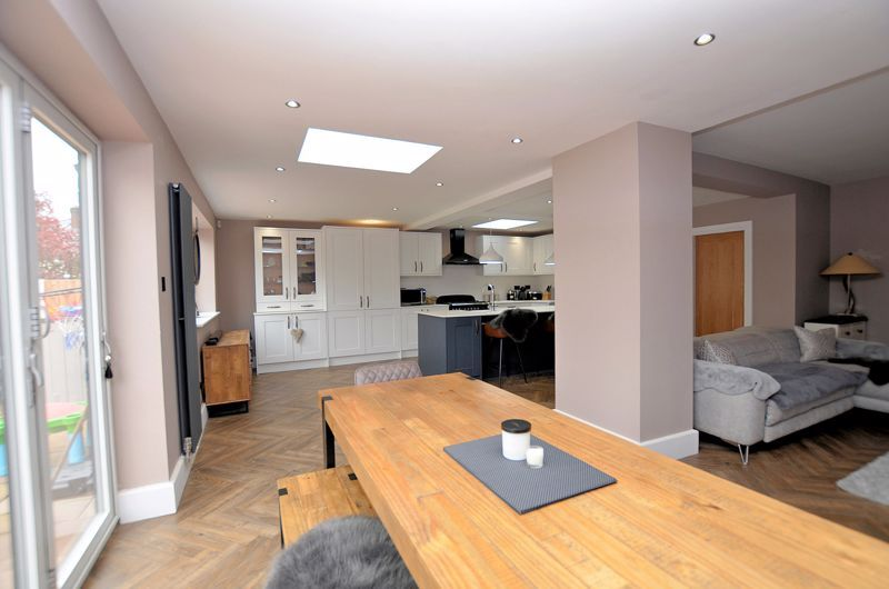 3 bed house for sale in Garland Crescent 14