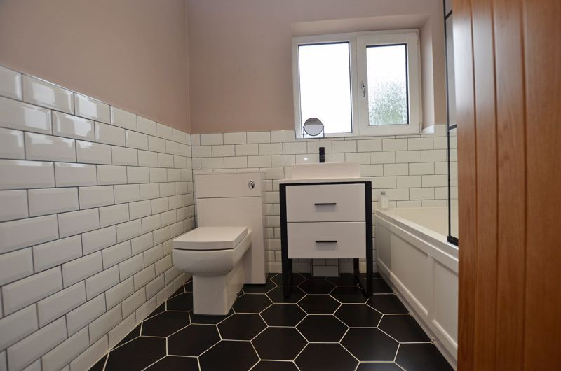 3 bed house for sale in Garland Crescent 20