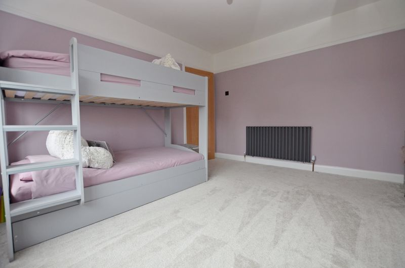 3 bed house for sale in Garland Crescent 22