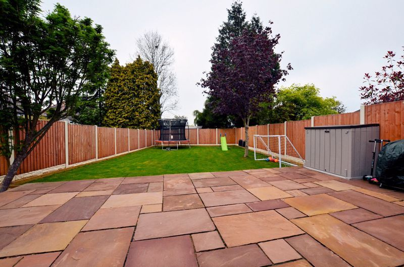 3 bed house for sale in Garland Crescent 28
