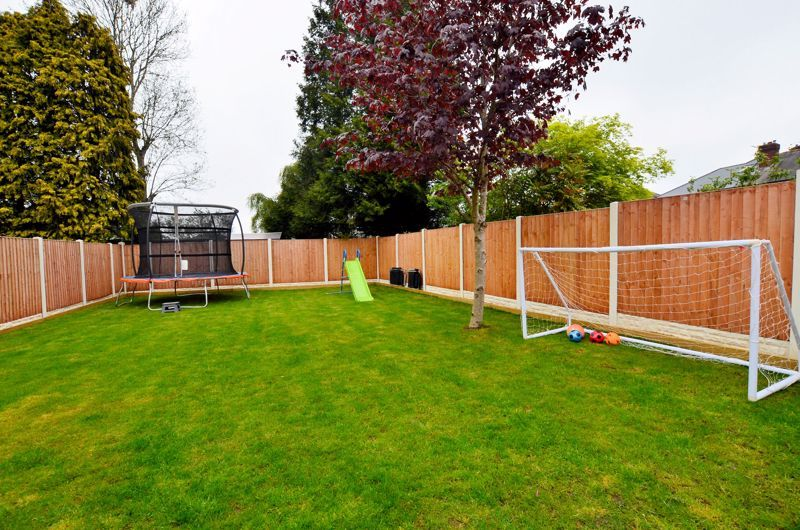 3 bed house for sale in Garland Crescent 29