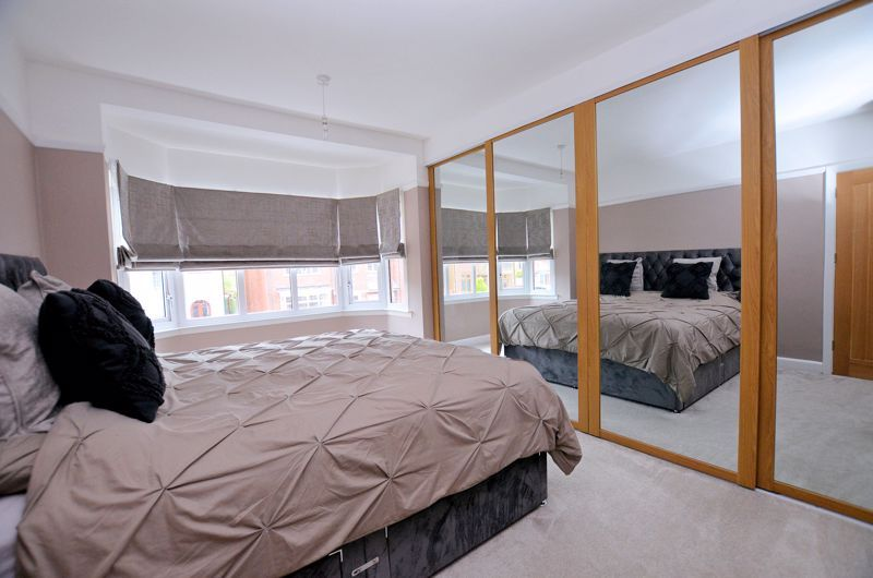 3 bed house for sale in Garland Crescent  - Property Image 5