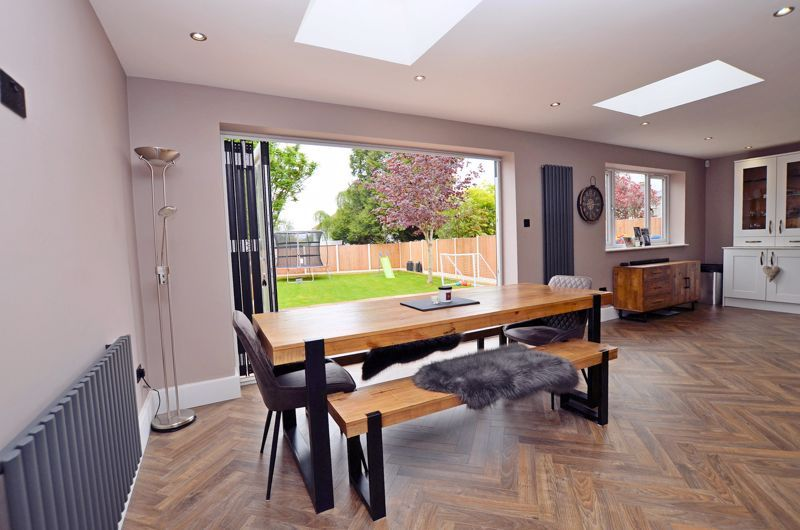 3 bed house for sale in Garland Crescent 10