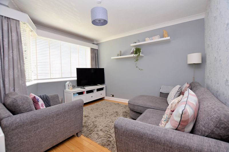 3 bed house for sale in Castle Road West  - Property Image 2