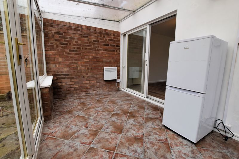 2 bed house for sale in Merryfield Grove 4