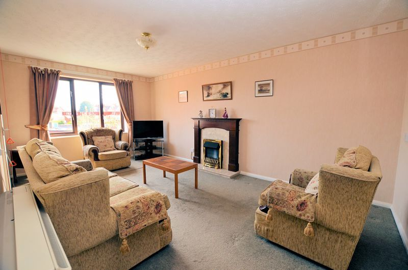 2 bed flat for sale in Sandon Road 2