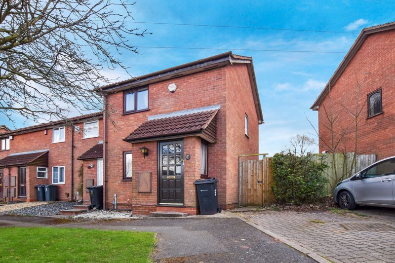 2 bed house to rent in Blakemore Close 1