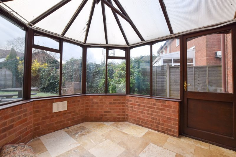 2 bed house to rent in Blakemore Close 7