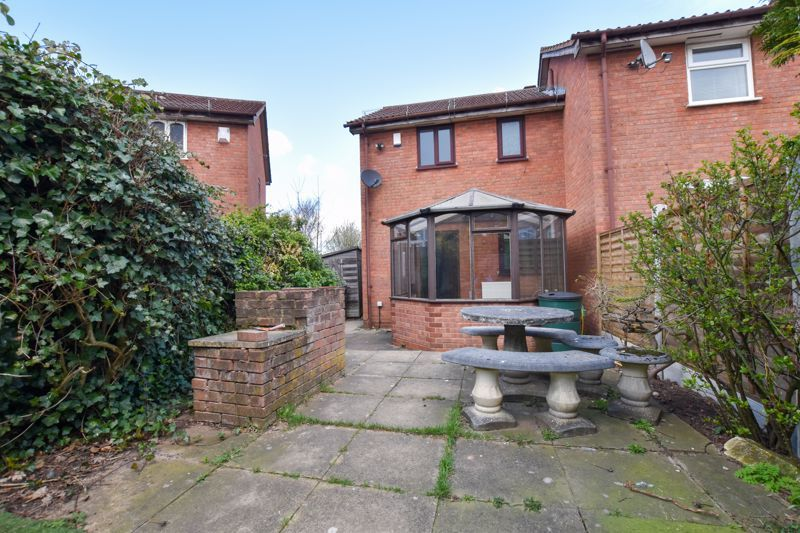 2 bed house to rent in Blakemore Close 8