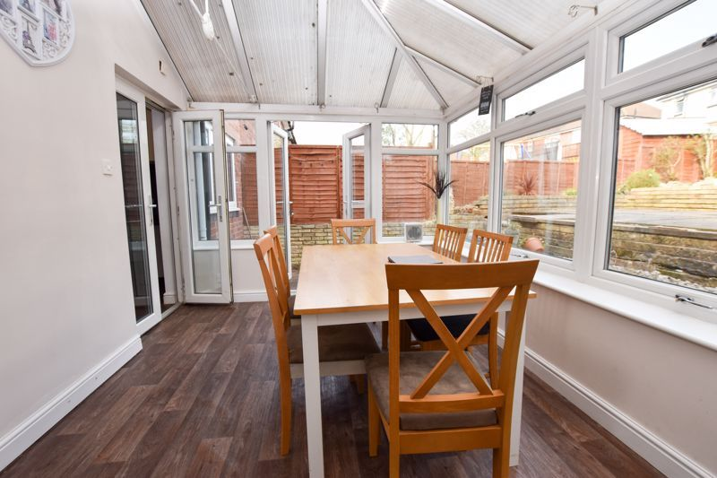 3 bed house to rent in Alexander Road 12