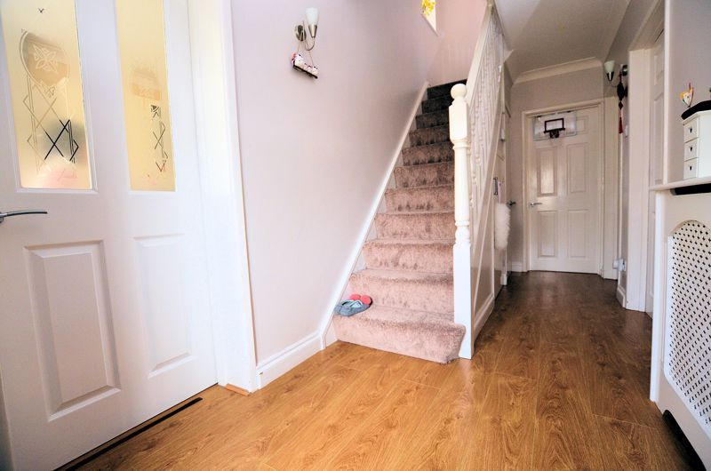 3 bed house to rent in Highfield Lane  - Property Image 12