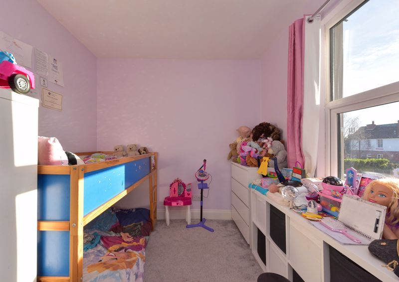 5 bed house for sale in Maple Road  - Property Image 15