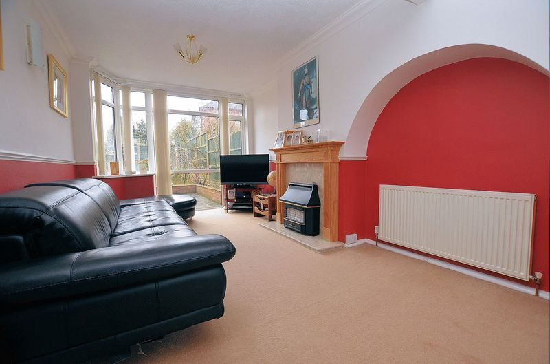 3 bed house for sale in Moat Road 2