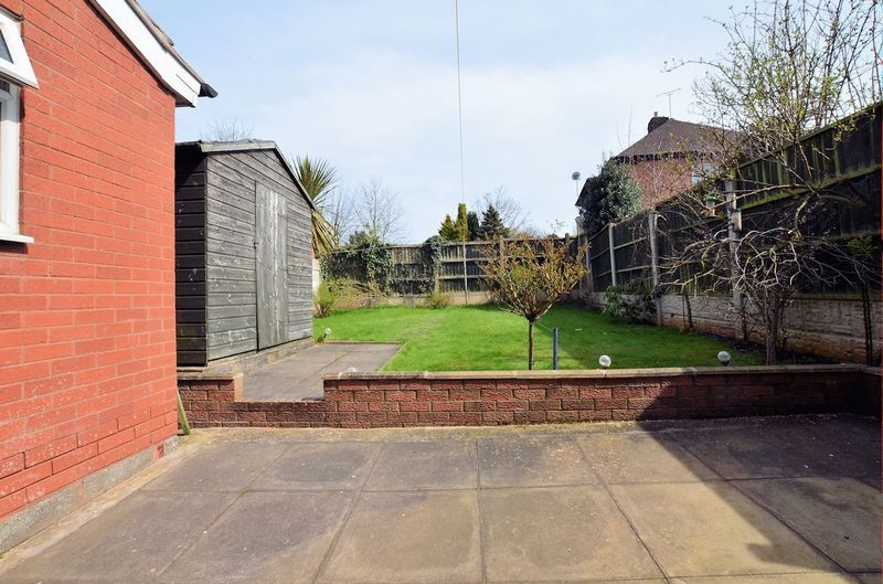 3 bed house for sale in Moat Road 8