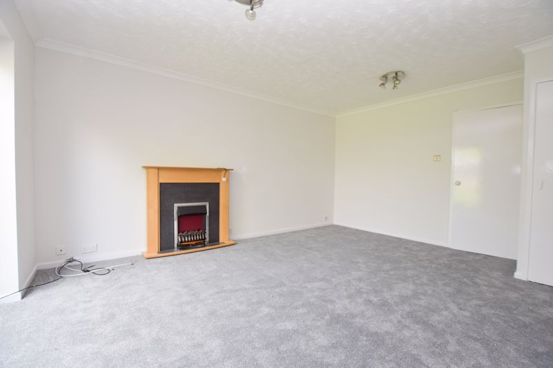 2 bed house to rent in Thornhurst Avenue  - Property Image 4