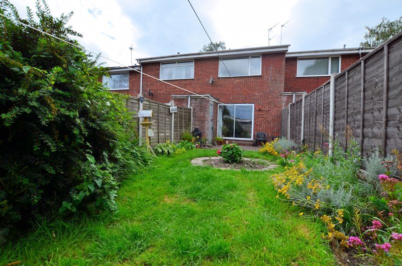 2 bed house to rent in Thornhurst Avenue 10