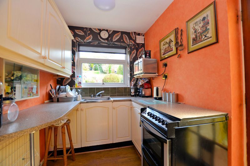 3 bed house for sale in Valley Road  - Property Image 14