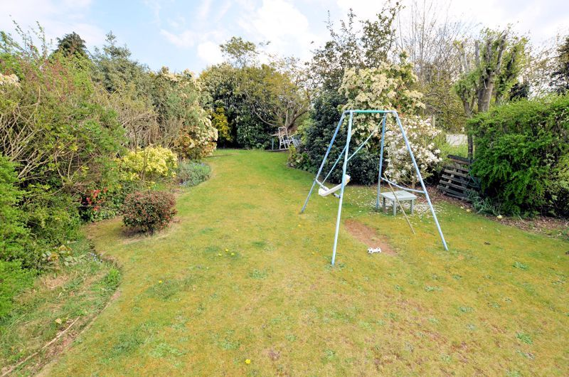 3 bed house for sale in Valley Road  - Property Image 18