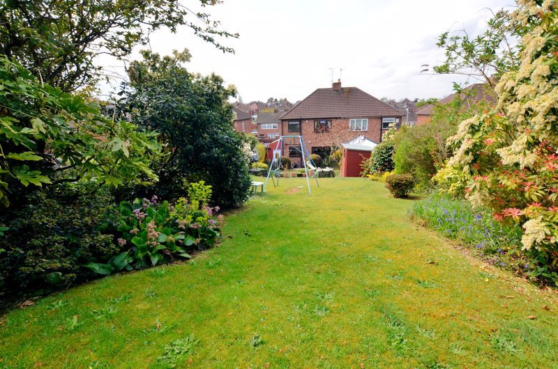 3 bed house for sale in Valley Road 9