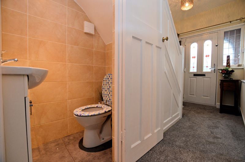 3 bed house for sale in Beverley Court Road 16