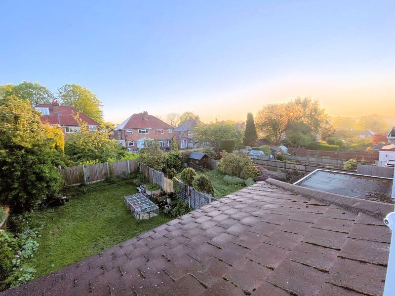3 bed house for sale in Beverley Court Road 21