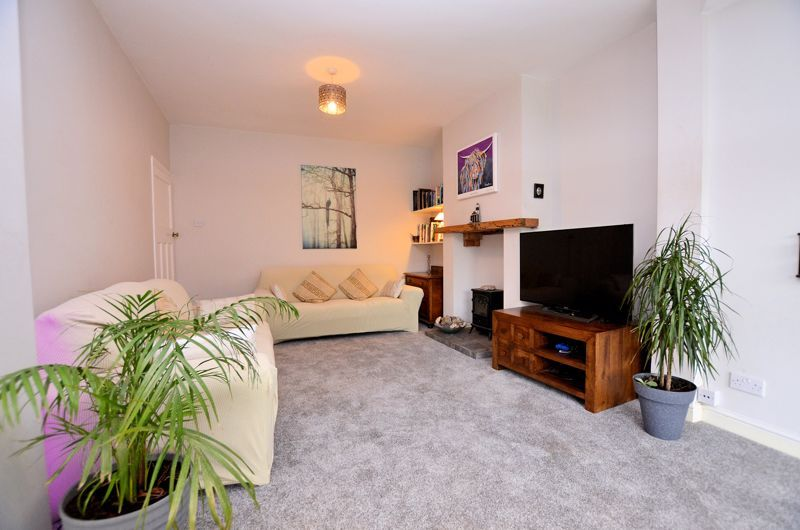 3 bed house for sale in Beverley Court Road 10