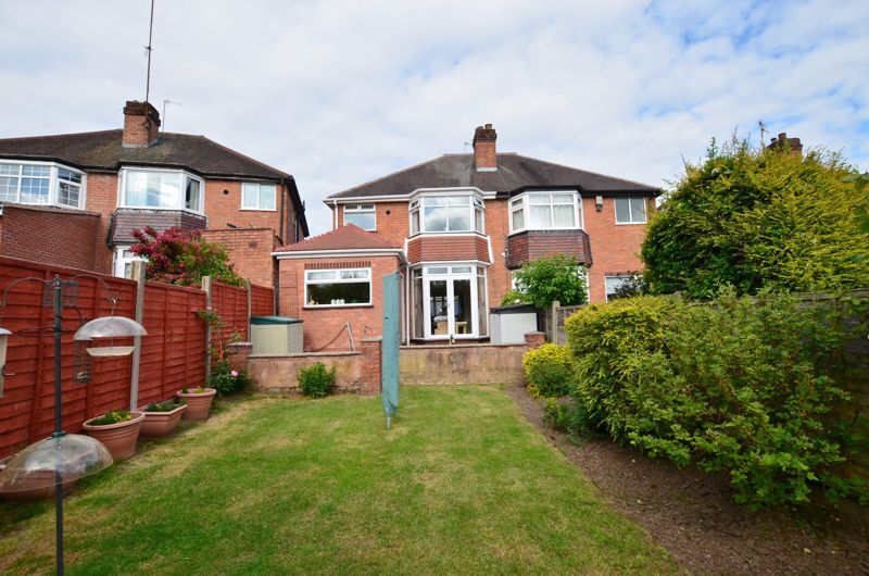 3 bed house for sale in Worlds End Lane 10
