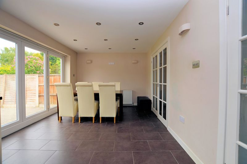 3 bed house for sale in Holly Road  - Property Image 13