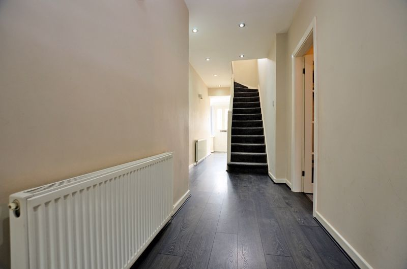 3 bed house for sale in Holly Road  - Property Image 17