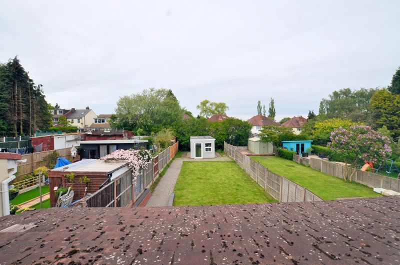 3 bed house for sale in Holly Road  - Property Image 4