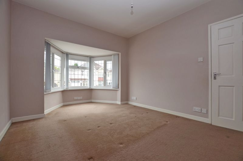 3 bed house for sale in Holly Road  - Property Image 5