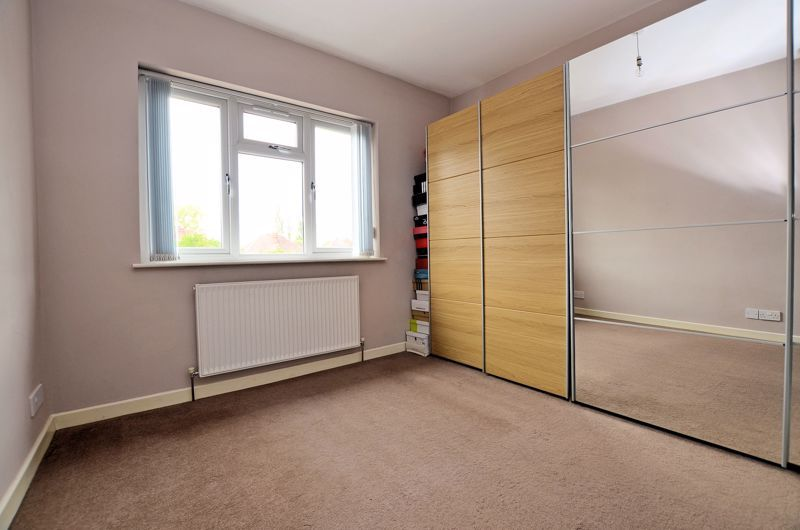 3 bed house for sale in Holly Road  - Property Image 6