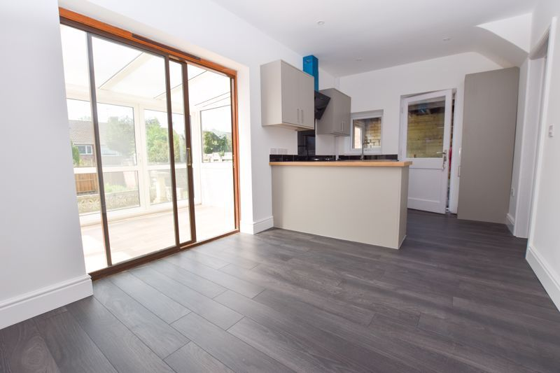 3 bed house to rent in Lansdowne Road 16