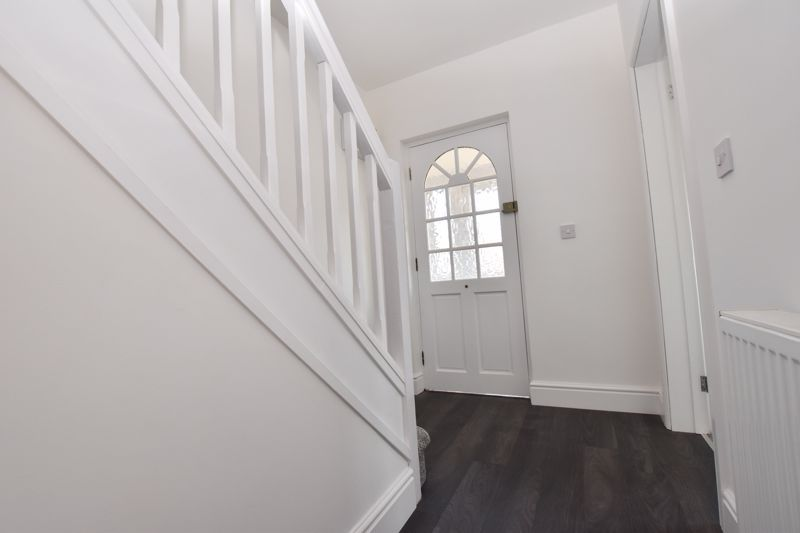 3 bed house to rent in Lansdowne Road 6