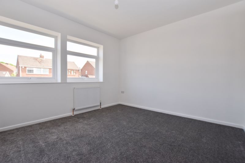 3 bed house to rent in Lansdowne Road 9