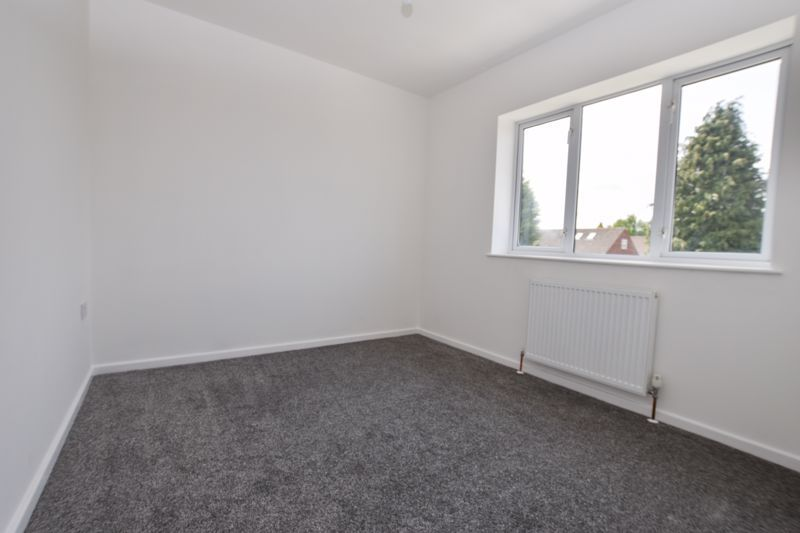 3 bed house to rent in Lansdowne Road 10