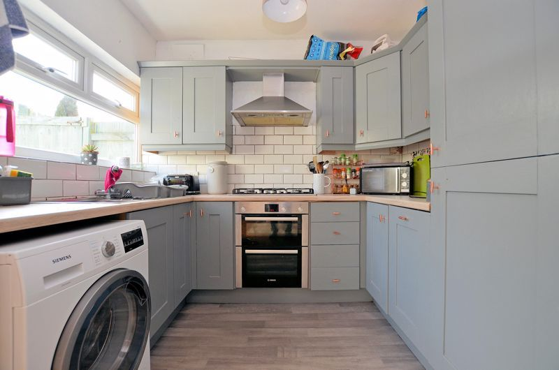 3 bed house for sale in Whitley Court Road  - Property Image 4