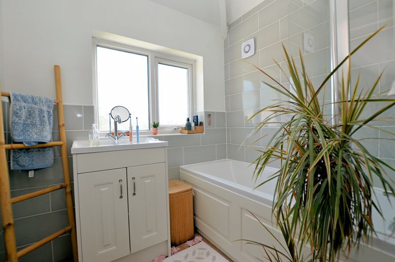 3 bed house for sale in Whitley Court Road  - Property Image 10