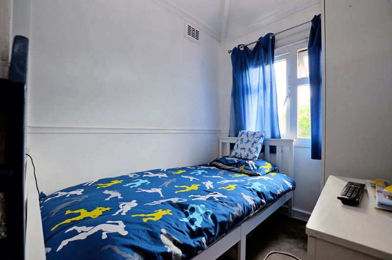 3 bed house for sale in Romsley Road 11