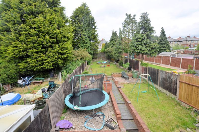 3 bed house for sale in Romsley Road 4