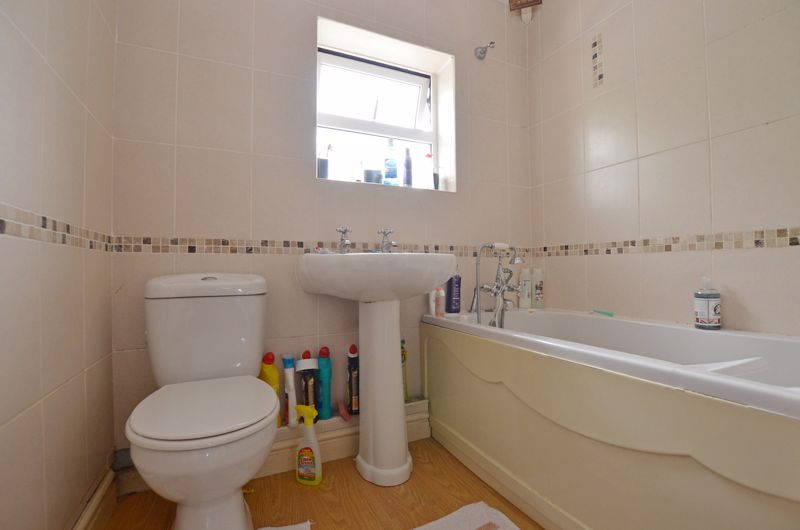 3 bed house for sale in Romsley Road 7