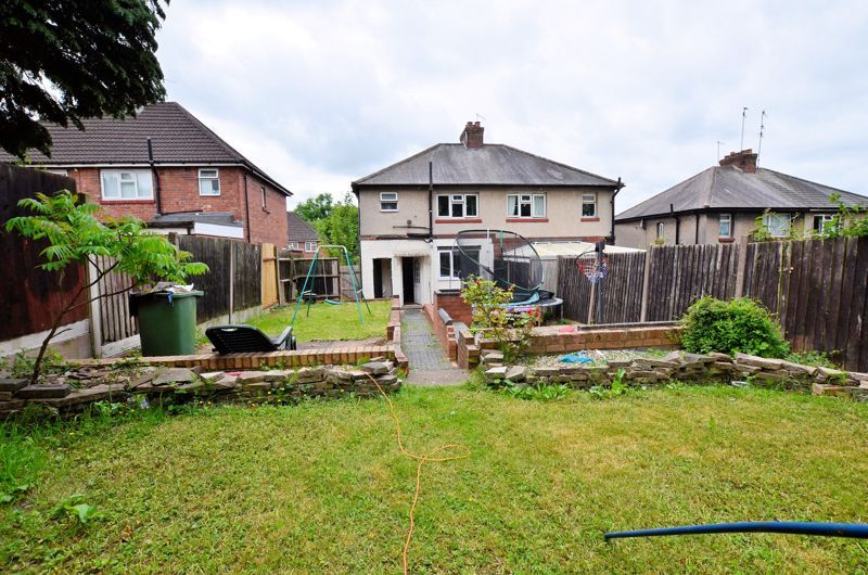 3 bed house for sale in Romsley Road 9