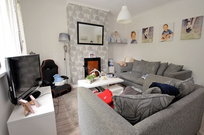 3 bed house for sale in Romsley Road 10