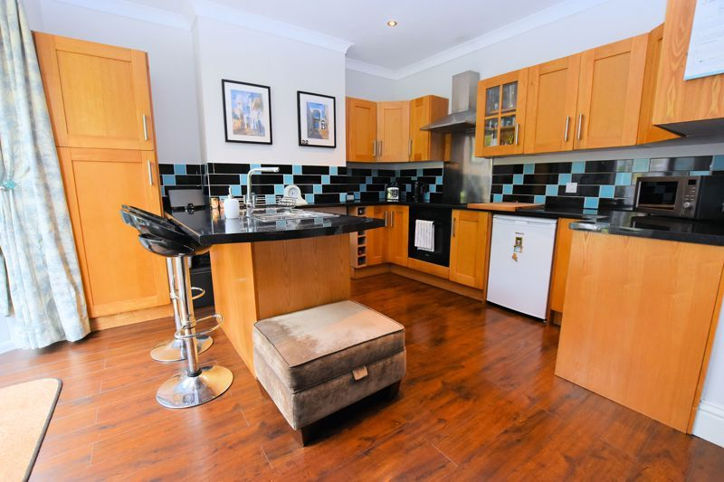 3 bed house for sale in Wolverhampton Road South 2