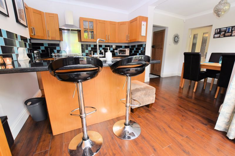 3 bed house for sale in Wolverhampton Road South 5