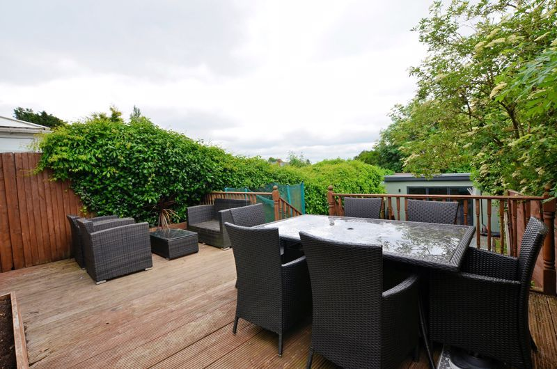 4 bed house for sale in Warwick Road 20