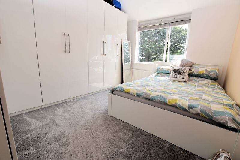 3 bed house for sale in Norman Avenue 12