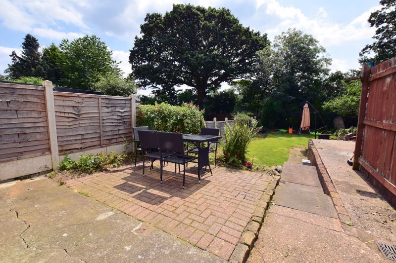 3 bed house for sale in Norman Avenue 4
