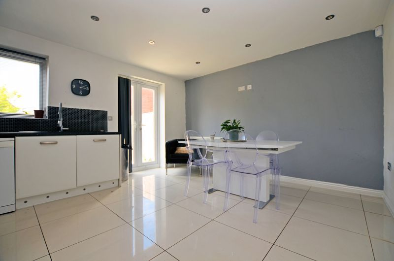4 bed house for sale in Pel Crescent 13