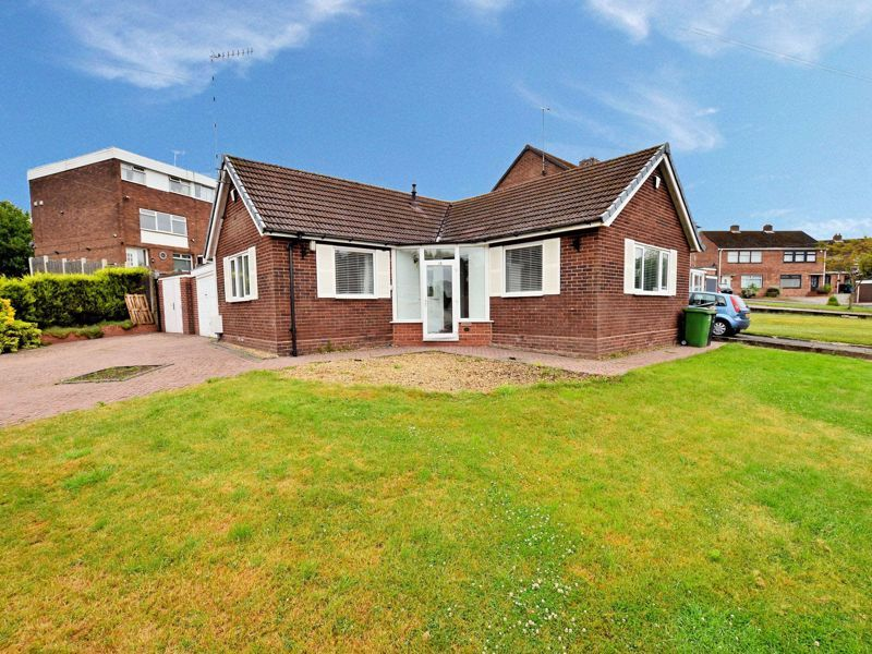 2 bed bungalow for sale in Mayfield Road 1